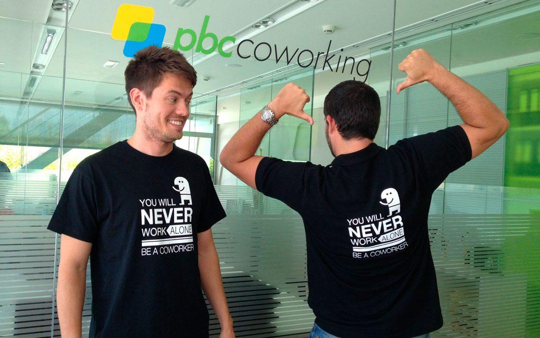 """Ayúdanos a promover el coworking!! Camisetas """"youwillneverworkalone"""""""